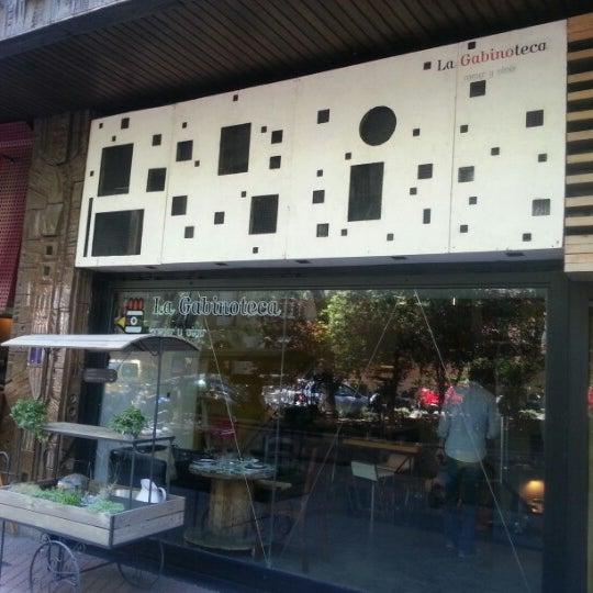 8/2/2012 tarihinde Kitepibeziyaretçi tarafından La Gabinoteca'de çekilen fotoğraf