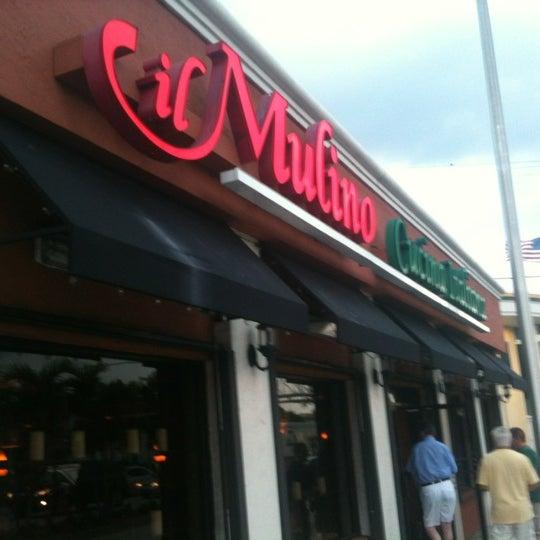 5/28/2012에 CAESAR D.님이 IL Mulino Cucina Italiana에서 찍은 사진