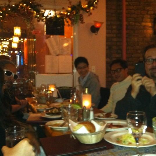 Снимок сделан в Tio Pepe Restaurant пользователем Avi W. 12/14/2011