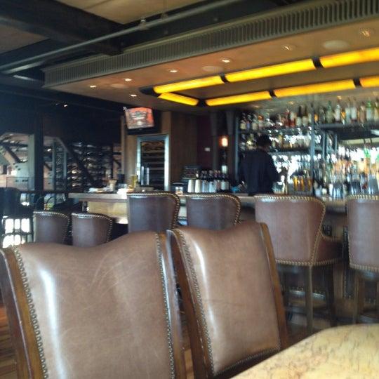 5/4/2012にMarc E.がEpic Steakで撮った写真