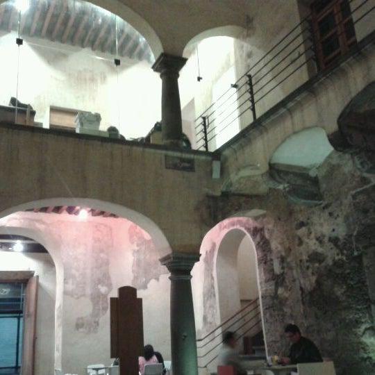 3/11/2012에 Isidro B.님이 Profética - Casa de la Lectura에서 찍은 사진