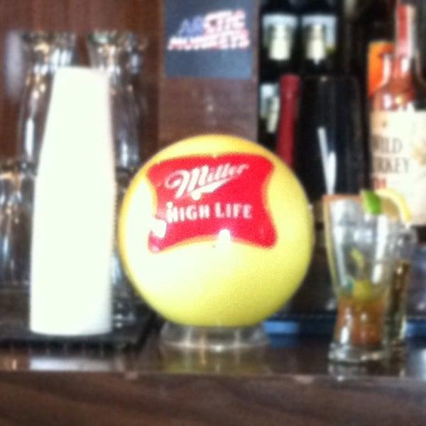 6/24/2012にCorey J.がHigh Life Loungeで撮った写真