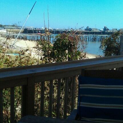 Foto scattata a Aqua Bar da TJ il 9/21/2011