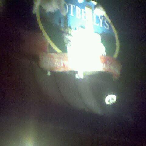 Foto tomada en Potbelly's por Robin Y. el 1/18/2012