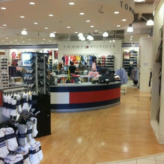 9a94b923f Photo taken at Tommy Hilfiger Company Store by Rafael P. on 10/15/