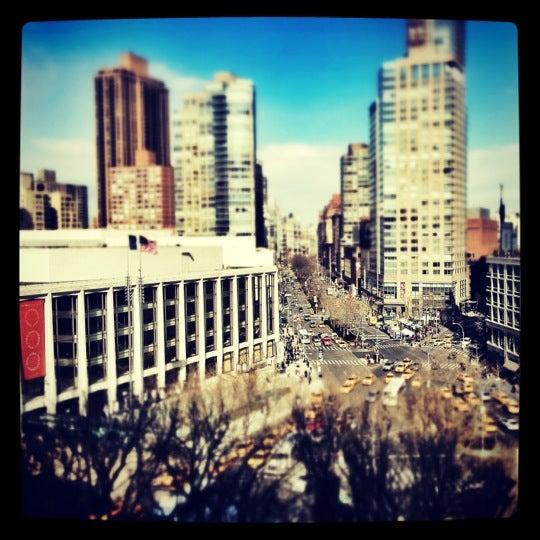 Снимок сделан в The Empire Hotel пользователем angela n. 2/18/2012