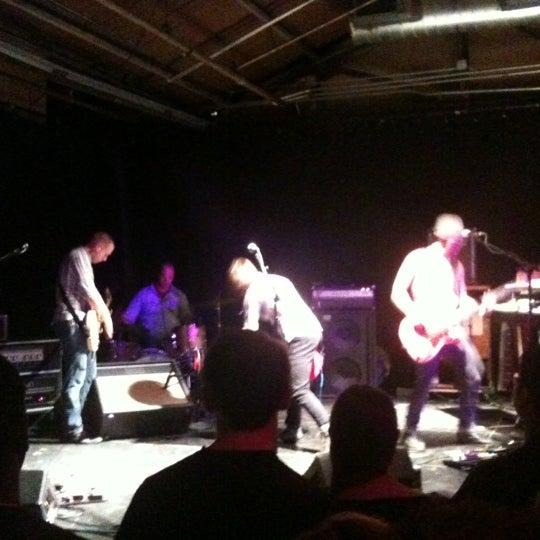 รูปภาพถ่ายที่ Warehouse Live โดย Jenn B. เมื่อ 5/26/2012