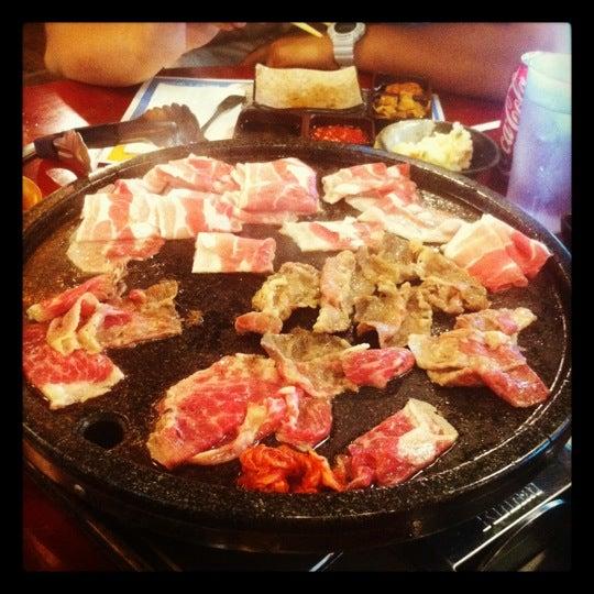 Foto scattata a Hae Jang Chon Korean BBQ Restaurant da Samuel O. il 7/22/2012