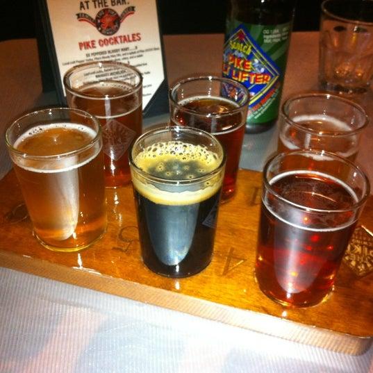 Das Foto wurde bei Pike Brewing Company von Rob Y. am 5/6/2012 aufgenommen