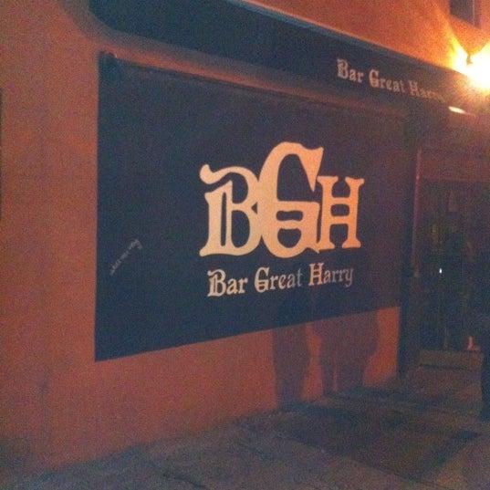 Photo prise au Bar Great Harry par Sarah P. le2/26/2012