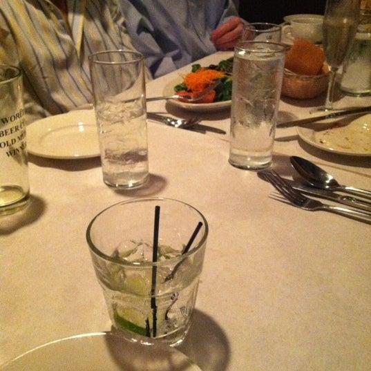 Das Foto wurde bei Lasagna Restaurant von Jesse G. am 6/29/2012 aufgenommen