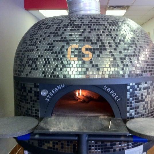 Снимок сделан в Pizza CS пользователем Jonathan A. 11/2/2011