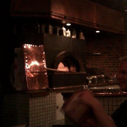 Снимок сделан в The Owl Bar пользователем Jaclyn M. 9/25/2011