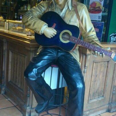 Foto tomada en Mc Charly & Company por Pablo Á. el 6/2/2012