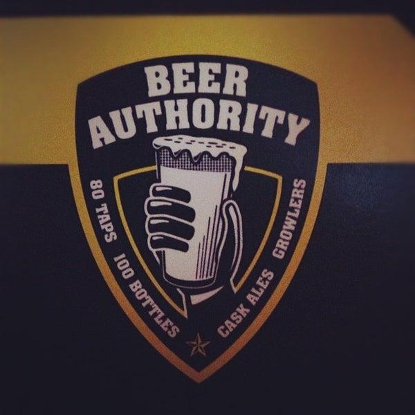 Foto diambil di Beer Authority NYC oleh Henry S. pada 6/29/2012