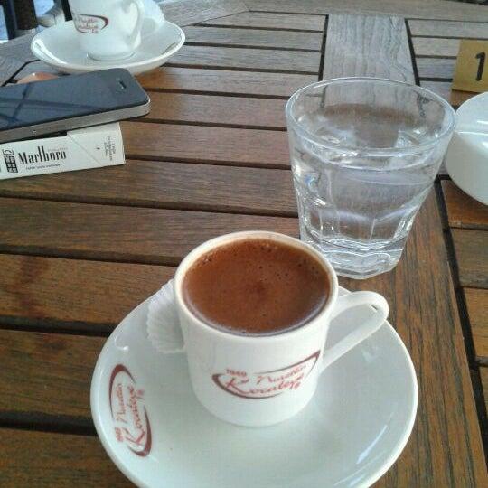 Photo prise au telwe Kahve Evi par Şükran D. le5/10/2012