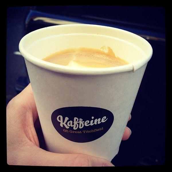Photo prise au Kaffeine par Matthew P. le4/1/2012
