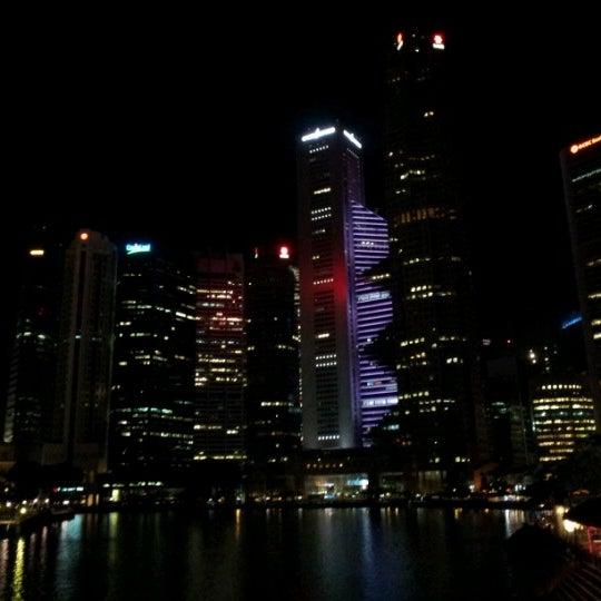 Foto diambil di Singapore River oleh Ian Jeonghee L. pada 6/20/2012