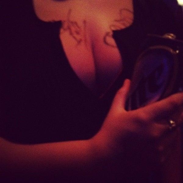 Photo prise au Bottom Lounge par Amy B. le6/29/2012