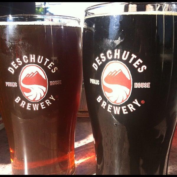Снимок сделан в Deschutes Brewery Bend Public House пользователем Rianna M. 8/30/2012