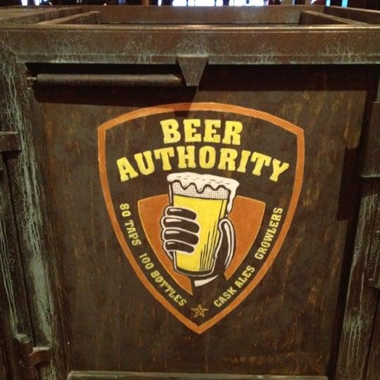 Foto diambil di Beer Authority NYC oleh RealMusic 3. pada 4/5/2012