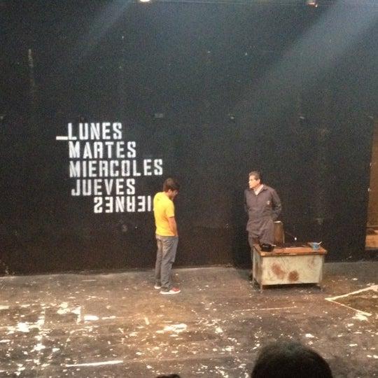 รูปภาพถ่ายที่ Foro Shakespeare โดย Maria Z. เมื่อ 8/3/2012