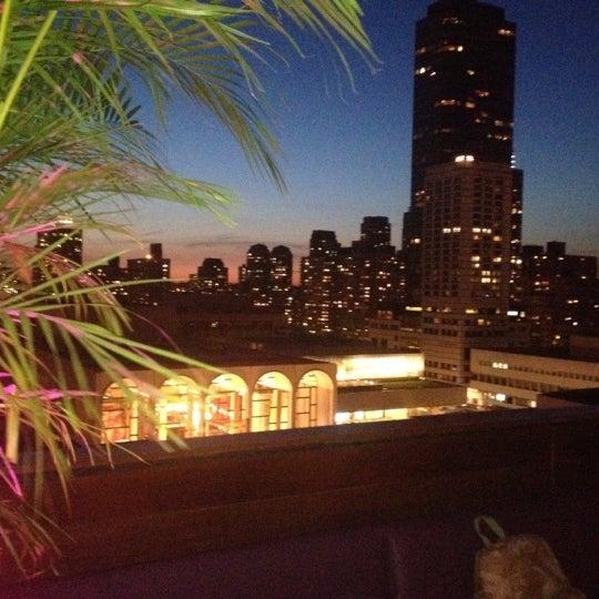 Снимок сделан в The Empire Hotel пользователем Kyle M. 6/1/2012