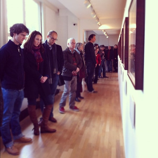 2/19/2012 tarihinde Bibi V.ziyaretçi tarafından Foam'de çekilen fotoğraf
