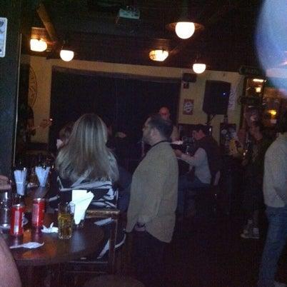 Foto diambil di All Black Irish Pub oleh Thata C. pada 7/25/2012