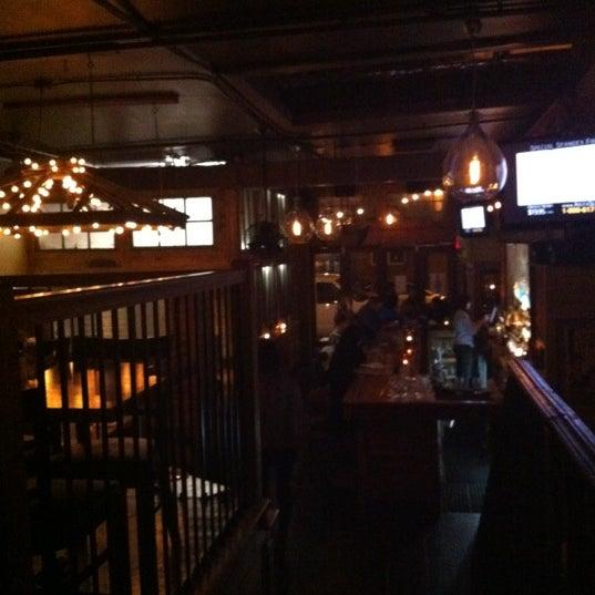 Foto diambil di Two Door Tavern oleh Zachary M. pada 3/7/2012