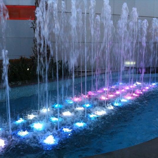 รูปภาพถ่ายที่ Athens Metro Mall โดย Κωνσταντινα เมื่อ 1/19/2012