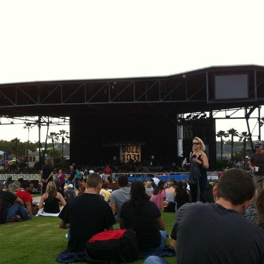 Foto tomada en Coral Sky Amphitheatre por Stephanie M. el 12/3/2011
