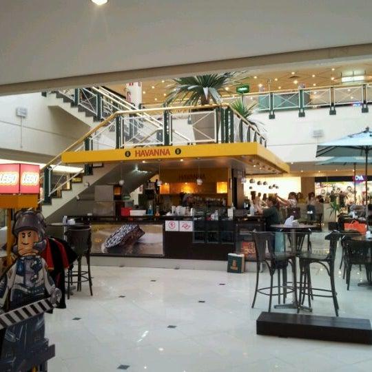 12/27/2011 tarihinde Allan C.ziyaretçi tarafından Shopping Iguatemi'de çekilen fotoğraf