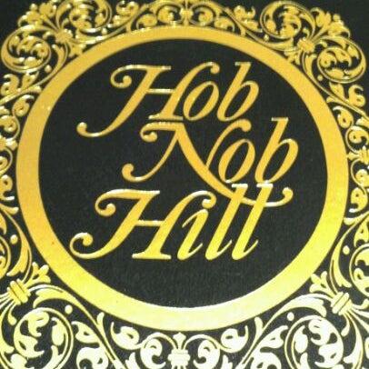 Foto tomada en Hob Nob Hill por •Кαт D. el 12/1/2011