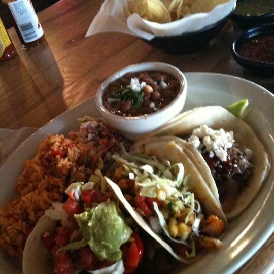 Foto scattata a Paco's Tacos & Tequila da John D. il 1/22/2011