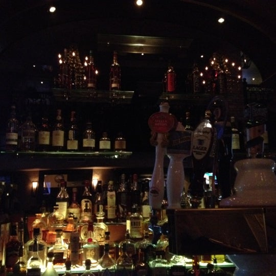 Foto tirada no(a) Bourbon Street Bar & Grille por Maksim ✈ S. em 3/7/2012