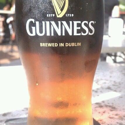 Foto tirada no(a) Tigin Irish Pub por The Historical I. em 8/18/2012