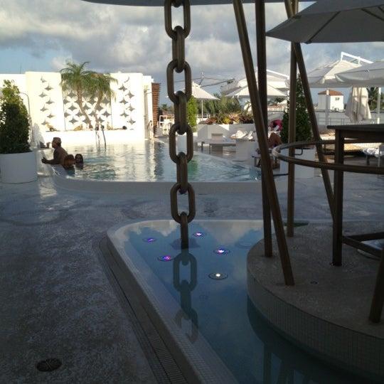 7/7/2012にKip W.がDream South Beach Hotelで撮った写真
