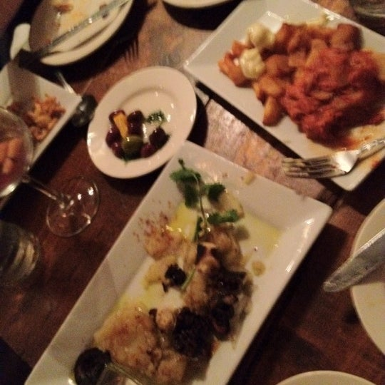 รูปภาพถ่ายที่ Tasca Spanish Tapas Restaurant & Bar โดย Amir G. เมื่อ 7/11/2012