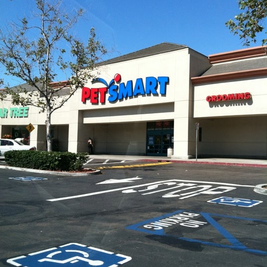 Petsmart Pet Store In Serra Mesa