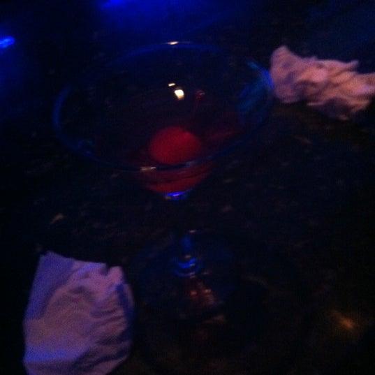 Снимок сделан в Bleu Martini пользователем Michelle O. 5/5/2012