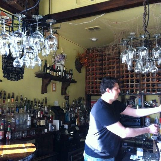 Foto tomada en RaR Bar por Patrick B. el 3/17/2012