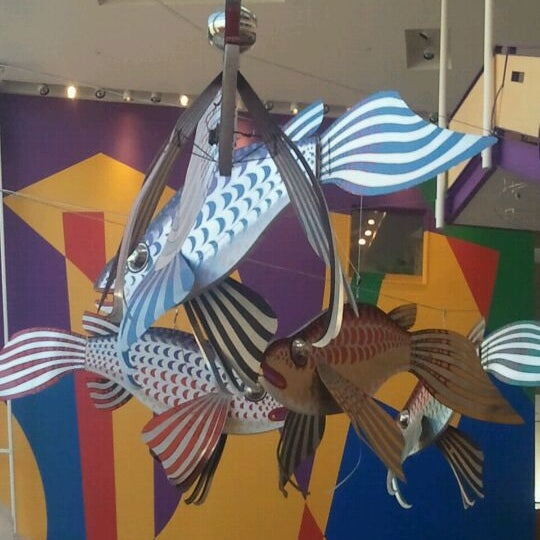 Снимок сделан в Minnesota Children's Museum пользователем Crystal L. 5/4/2012