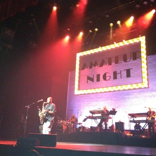 7/5/2012 tarihinde TheMobileBrokerziyaretçi tarafından Apollo Theater'de çekilen fotoğraf