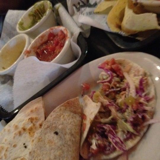 3/5/2012にkat b.がJuan's Flying Burritoで撮った写真