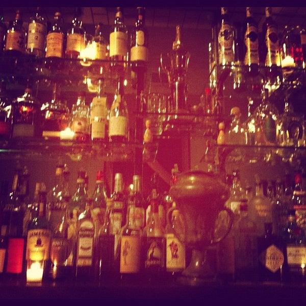 9/8/2012にSCOがTrophy Barで撮った写真