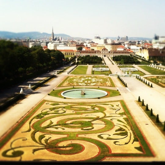 6/30/2012 tarihinde Angelina T.ziyaretçi tarafından Oberes Belvedere'de çekilen fotoğraf
