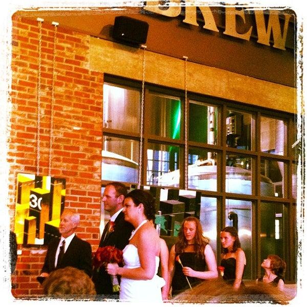 6/24/2012 tarihinde Iain L.ziyaretçi tarafından Steam Whistle Brewing'de çekilen fotoğraf