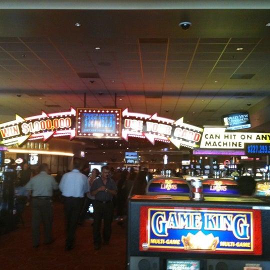 รูปภาพถ่ายที่ Valley View Casino & Hotel โดย Angel E. เมื่อ 10/16/2011