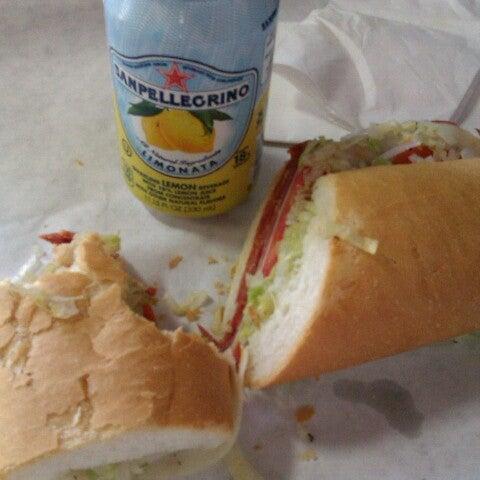 Снимок сделан в J.P. Graziano Grocery пользователем Chris M. 6/27/2012